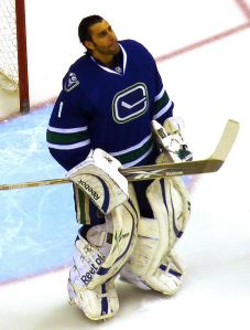 Vancouver should be in no rush to deal their $64 million goaltender. (Matt Boulton/Wikimedia Commons)