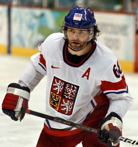 Jaromir Jagr's time at the Vancouver Olympics with the czech Republic (shown here facing Russia) was the only time in three seasons he played in North America. If he stayed in the NHL he could have reached 2,000 points. (s.yume/Wikimedia Commons)
